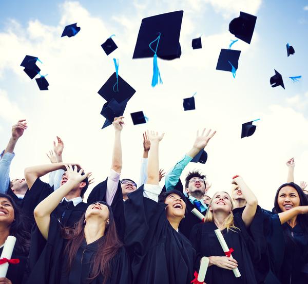 graduates-1452531551500